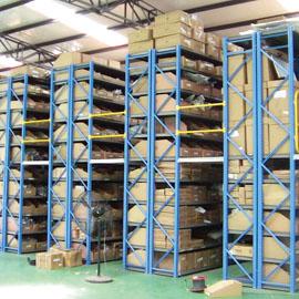 番禺阁楼货架在仓库货架使用中应注意那些?