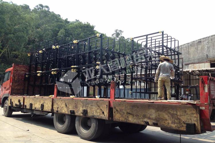 广州阁楼货架厂松布车装轮准备发货